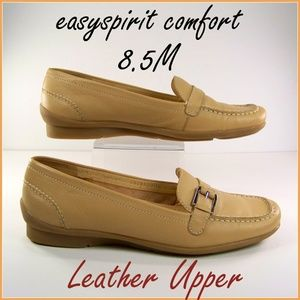 8.5M Easy Spirit Comfort Tan Flats Loafers Leather